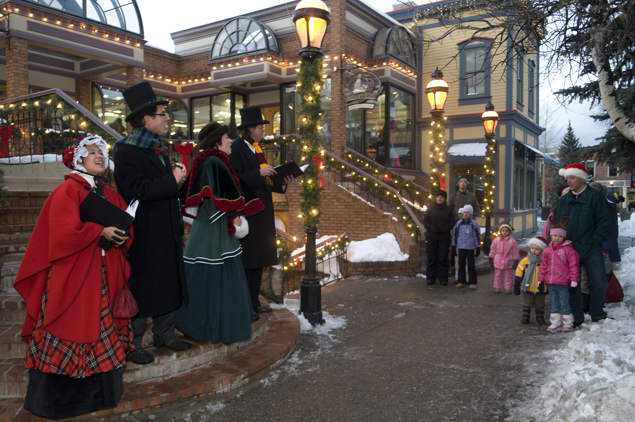 Top 5 Colorado Christmas Towns - HeidiTown