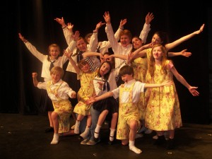 MAC Sound of Music - Kids Posing