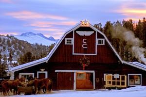 VenuePlease_CLazyU_Winter_Barn