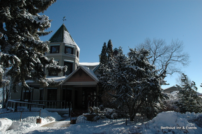 Berthoud Inn in the snow HeidiTown