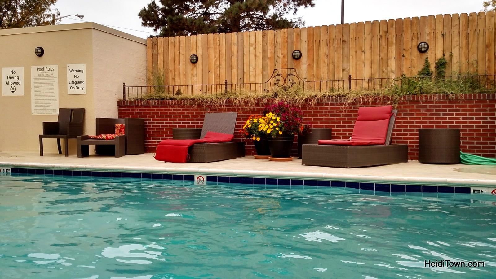 Holiday Inn - Denver, Stapleton pool. HeidiTown.com