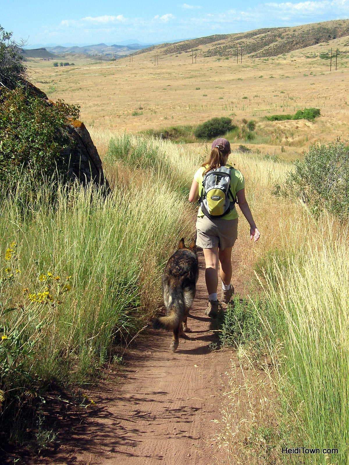 Why it's easy to #OptOutside in Colorado. Hiking near Horsetooth Resevoir in Fort Collins, Colorado. HeidiTown.com