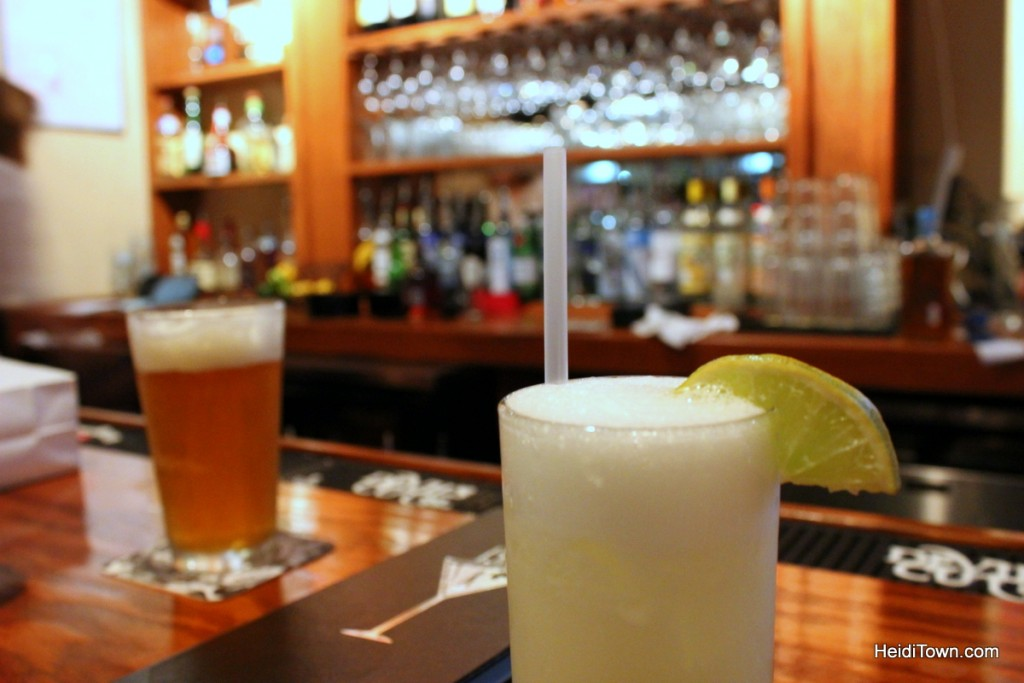 Bar poker colorado springs baccarat saint louis