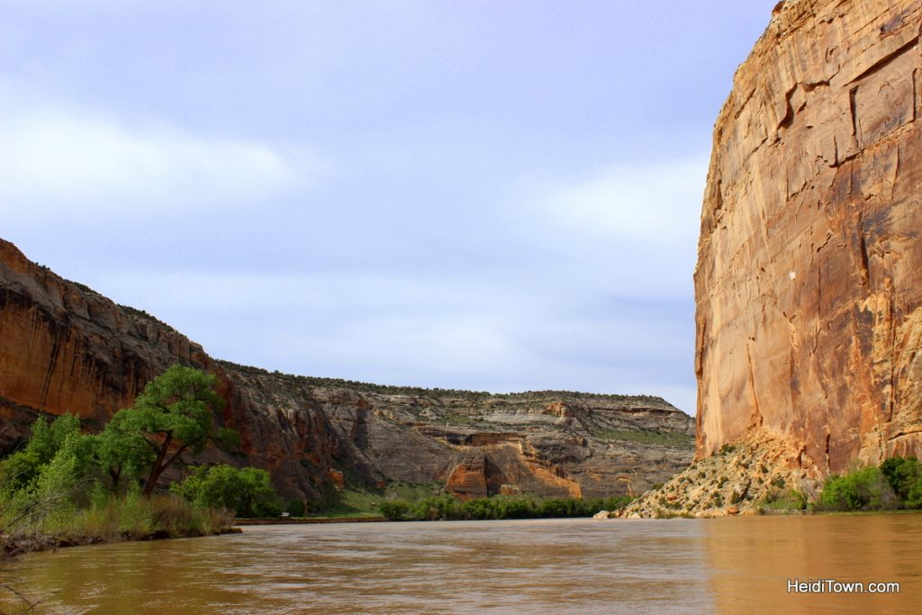 Easy hiking around Echo Park, Dinosaur National Monument. Standing at the confluence of the green & yampa. HeidiTown.com