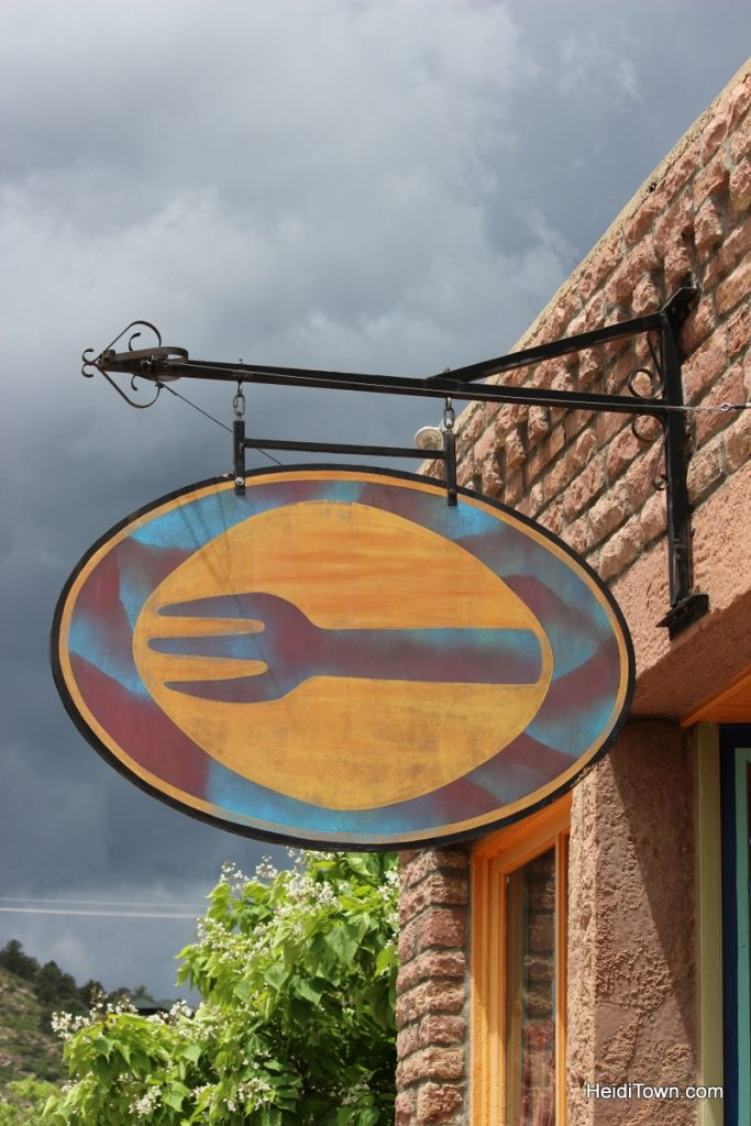 The Lyons Fork sign. Photo by Heidi Kerr-Schlaefer