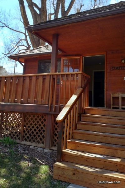 Three Comfy Colorado Cabin Getaways. Sylvan Dale Guest Ranch. HeidiTown.com