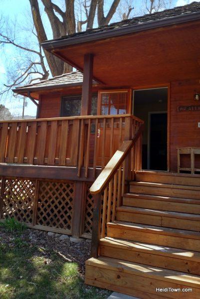 Three Comfy Colorado Cabin Getaways. Sylvan Dale Guest Ranch. HeidiTown.com