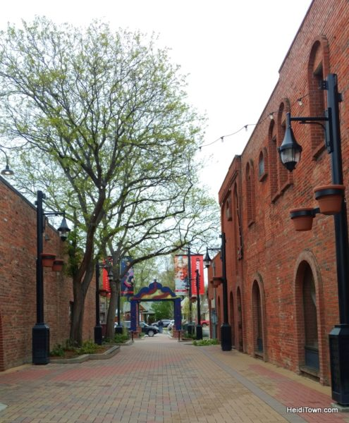A Weekend Itinerary for Longmont, Colorado, HeidiTown.com. Alleyway view