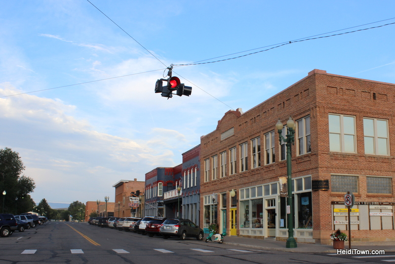 Meet Me in Meeker, Part One. Shopping downtown. HeidiTown.com