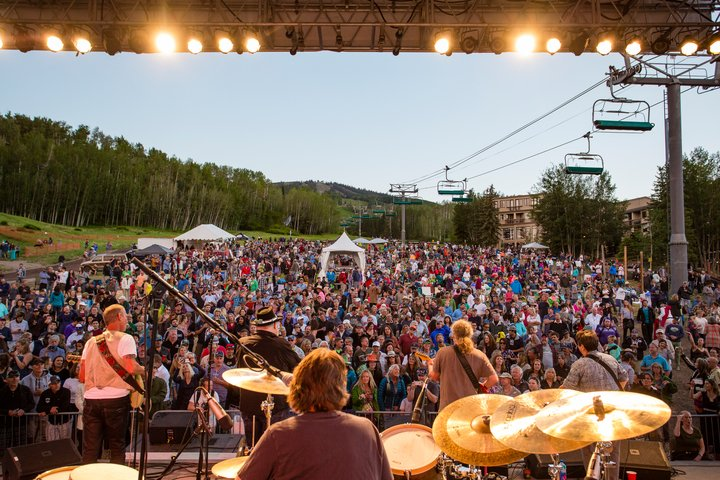 Colorado Mountain Music Festivals Not to Miss This Summer. Snowmass_SummerConcert_Jeremy Swanson. HeidiTown.com