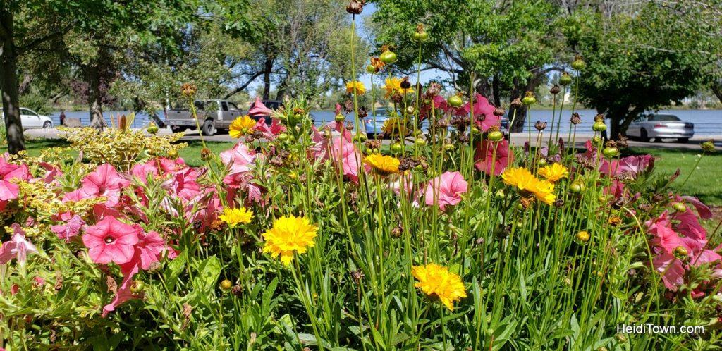 The FREE Cheyenne Botanic Gardens in Cheyenne, Wyoming. HeidiTown (18)